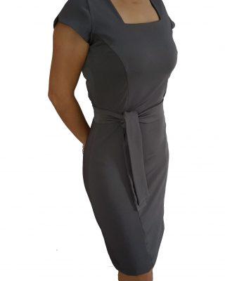 Vestido Chumbo Tubinho Decote Quadrado com cinto