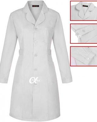 Jaleco branco com ajustes na cintura e punho de camisa